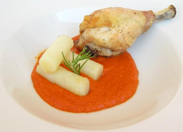 Cuixes de pollastre amb salsa